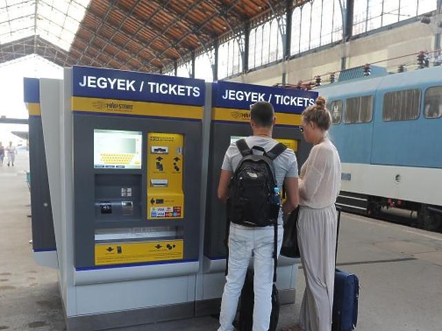 Ötezren utaztak kedvezményes bérlettel tavaly Európában