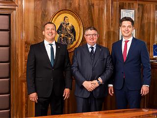 Ahogy lapunk előrejelezte: létrejön a szuperbank a Budapest Bank, az MKB és a Takarékbank egyesülésével