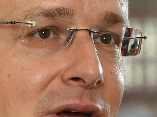 Szijjártó Péter újabb hat gazdaság-újraindító javaslatára bólintott rá a kormány
