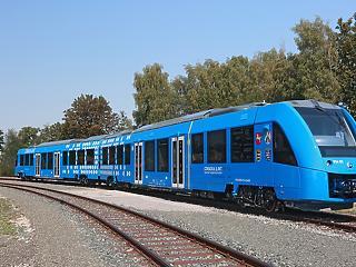 Németországban elindították a világ első hidrogénmeghajtású vonatát