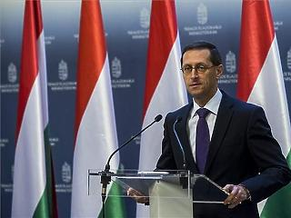 Klímavédelemre is adna pénzt Orbán Viktornak az EIB