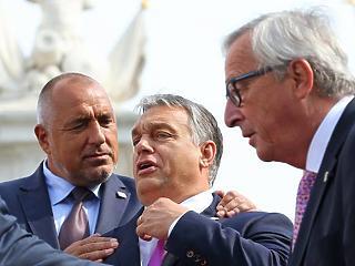 Juncker kirakná Orbánt a Néppártból
