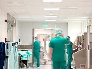 Kórházak: a januári adósságállomány felénél tartanak