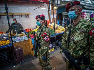 Katonák, rendőrök, parkolás és SZÉP-kártya: újabb rendeleteket adott ki a kormány