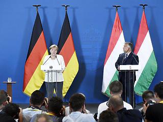 Orbán-Merkel találkozó: erősíteni kell a magyar-német gazdasági kapcsolatokat