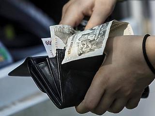 340 ezer forintra nőtt a bruttó átlagfizetés áprilisban