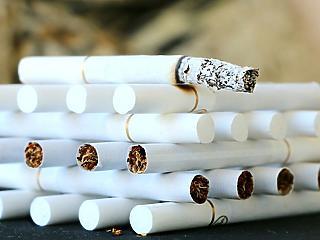 A cigarettázóknak nagyon fog fájni az adóemelés