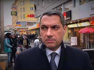Lázár reagált: hiányolja az őshonos európai polgárok véleményét Bécsről