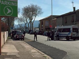 Már két halottja van a franciaországi túszdrámának