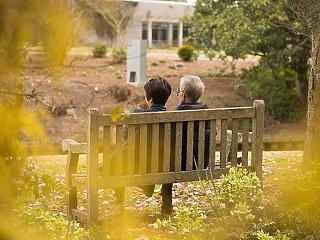 Harmadik hullámot idéző változások az idősek otthonában