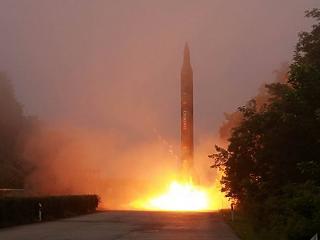 Európát is elérnék az észak-koreai nukleáris rakéták a német hírszerzés szerint