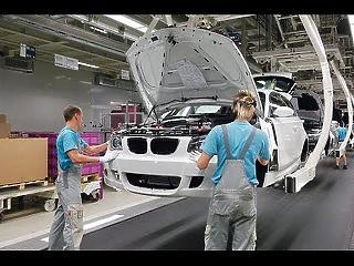 Még Szijjártóék sem tudják, mennyi pénzt adnak a BMW új gyárára