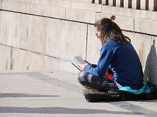 Több mint 200 ezer magyar fiatal kallódik
