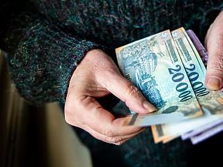 Fontos hír a nyugdíjasoknak: 3 százalékos inflációval számol 2021-re a kormány