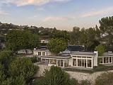 Eladó Elvis egykori háza