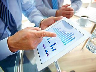 Kimagasló beruházási aktivitás mellett is tartós finanszírozási képesség