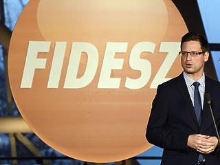 Ha felfüggesztik, azonnal elhagyja a Fidesz a Néppártot