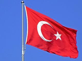Durva lépésre kényszerült a török jegybank