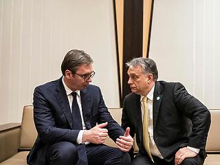 Orbán Viktor folytatja a balkáni hódítást, a NER-barát cégek is profitálnak belőle