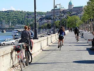 A brit legénybúcsúsok helyett a helyiek támaszthatják fel a turizmust