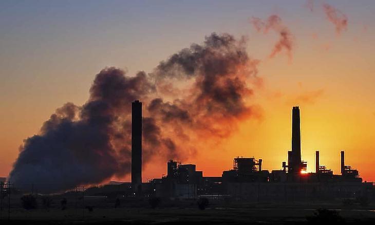 Kevesebb szénerőművel is durvább emisszió jött össze. (Fotó: AP)