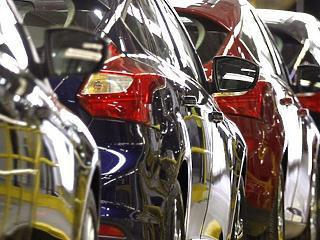 Az állami programok tartották életben a magyar autópiacot