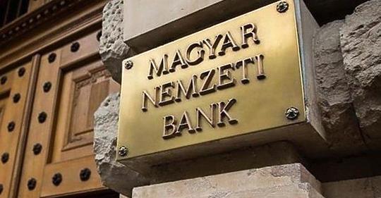 400 millió forinttal olcsóbban vett ingatlant az MNB-alapítvány a Budai Várban
