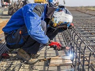 Éves szinten nagy az építőipari zuhanás