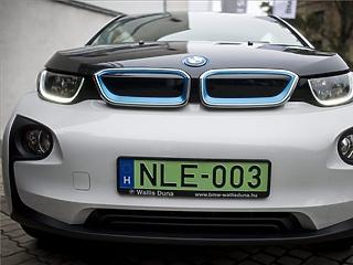 Tízmilliárd forintnál nagyobb támogatást kaphat a BMW