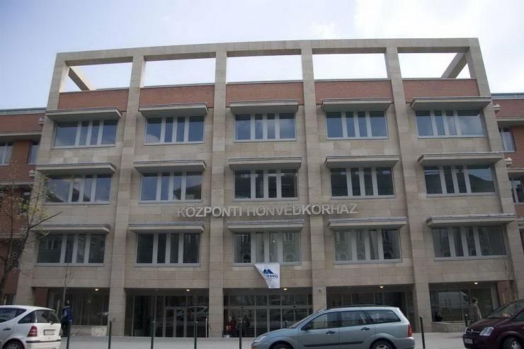 A Központi Honvédkórház épülete