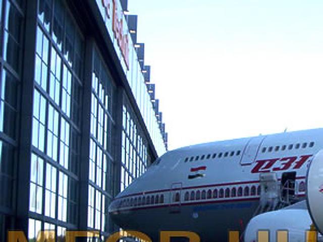 A Boeing 747-ese 4.