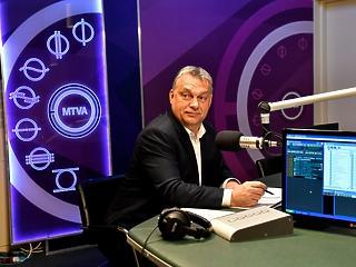 Orbán Viktor jó kedvre derült attól, hogy az EU elmeszelte a civiltörvényt