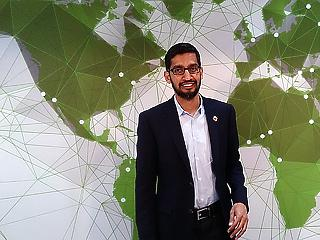 A Google-vezér is kerüli a választ: tényleg bárkit követni tudnak az alkalmazások?