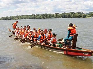 A Hungaroring vezérétől vesz sárkányhajókat az Erzsébet-táboros alapítvány