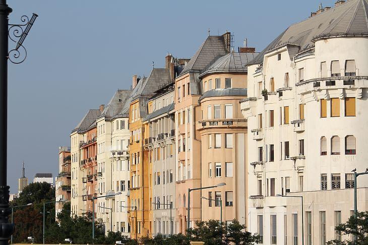 A Dunára néző lakások a legdrágábbak (fotó: Mester Nándor)
