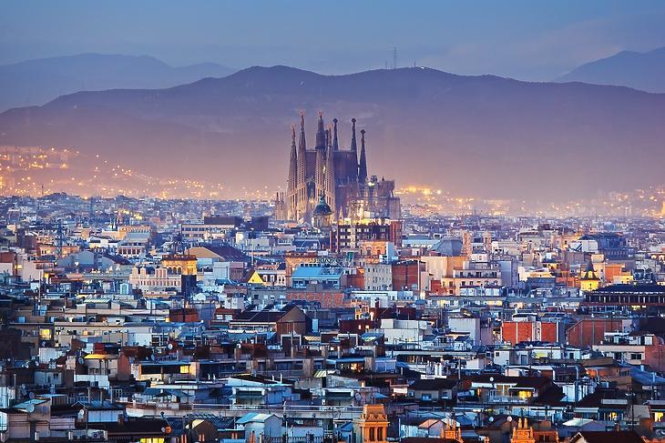 A katalán is nemzet: Barcelona madártávlatból.  (Forrás: Depositphotos)