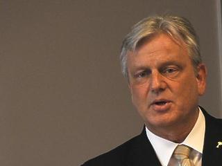 Befagyhatnak az őszi bértárgyalások Varga Mihály nyilatkozata miatt