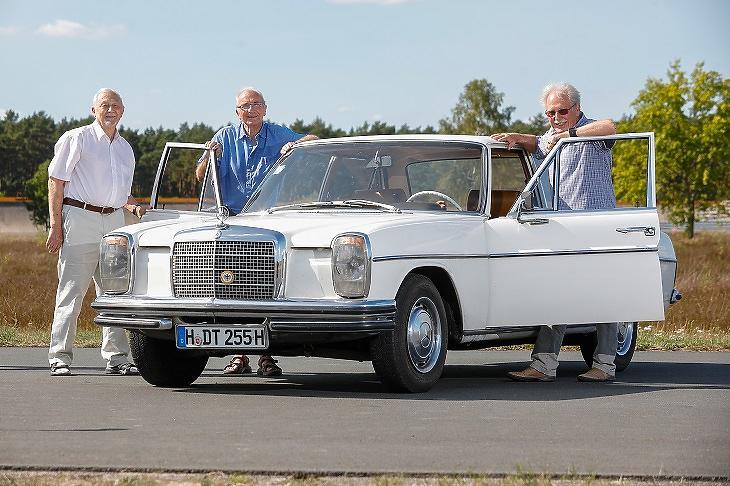 1968-as sofőr nélküli Merci mérnökei ismét találkoztak
