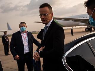 A koronavírusos Szijjártó Péter még ma hazarepül Thaiföldről