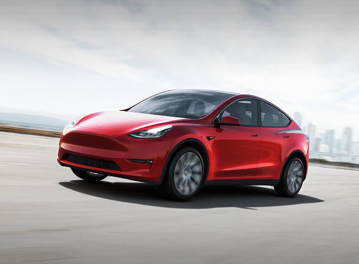Az Y az egyik legnépszerűbb Tesla modell (Forrás: Tesla.com)