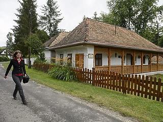 Hullanak a milliárdok a magyar falvakra