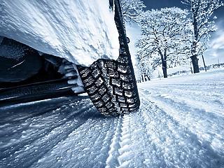 Autósok, figyelem: jövő héten jön a nagy téligumi-ellenőrzés