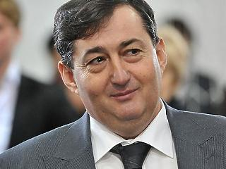 Milliárdos céget szerzett meg Mészáros Lőrinc autókereskedő Kft.-je