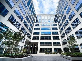 Lassú visszaépülésre számít az MNB az üzleti ingatlanok piacán