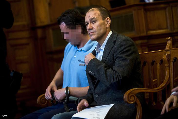 Tarsoly Csaba a Fővárosi Törvényszéken. Fotó: MTI
