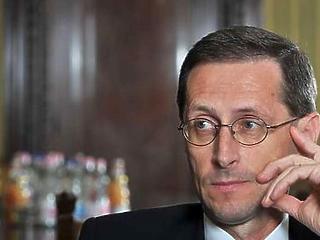 Varga Mihály szerint példásan viselkedtek a bankok a járvány első percétől
