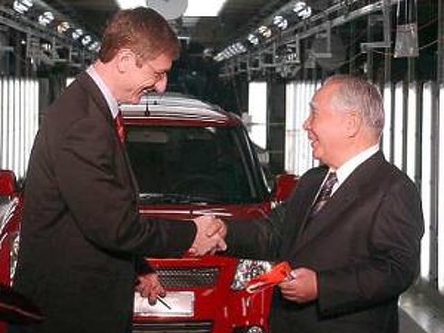 Suzuki és a politika 2