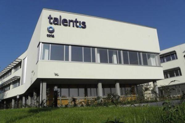 A Talentis irodaháza Herceghalmon (Fotó: iroda.hu)