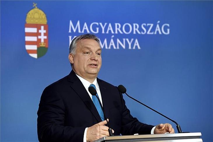 Orbán Viktor az év eleji Kormányinfón