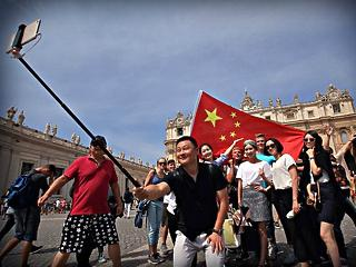 Még több kínai és orosz turistát csábítana Magyarországra a kormány